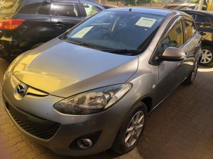 Pre-owned Mazda Demio for sale in Namibia