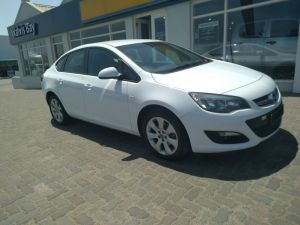 Pre-owned Opel Astra for sale in Namibia