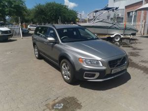 Pre-owned Volvo XC70 for sale in Namibia