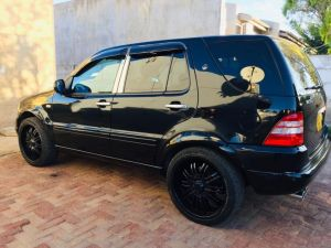 Pre-owned Mercedes-Benz ML55 for sale in Namibia