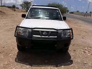 Pre-owned Nissan 2.4 4x4 Np300 for sale in Namibia