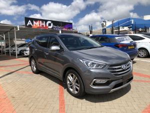 Pre-owned Hyundai Santa-Fe for sale in Namibia