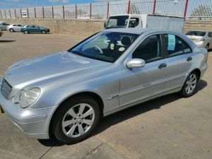 Pre-owned Mercedes-Benz C200 for sale in Namibia