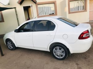 Pre-owned Ford Ikon 2015 for sale in Namibia