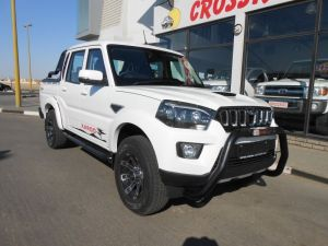 Pre-owned Mahindra PIK UP for sale in Namibia