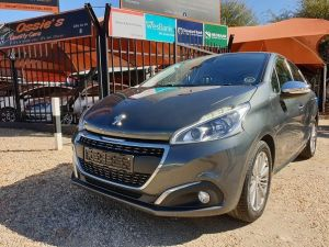 Pre-owned Peugeot 208 for sale in Namibia