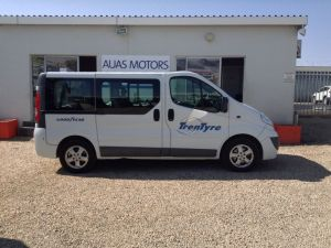 Pre-owned Opel Vivaro for sale in Namibia