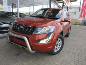 Pre-owned Mahindra XUV500 for sale in Namibia