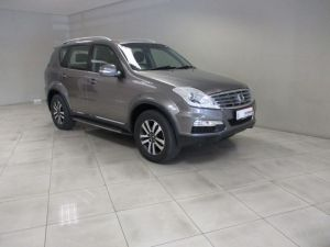 Pre-owned Ssangyong Rexton for sale in Namibia
