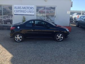 Pre-owned Peugeot 206 for sale in Namibia