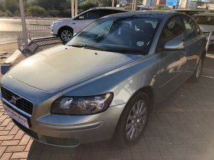 Pre-owned Volvo S40 for sale in Namibia
