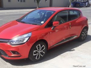 Pre-owned Renault Clio for sale in Namibia