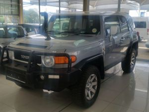 Pre-owned Toyota FJ Cruiser for sale in Namibia
