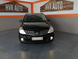 Pre-owned Nissan Tiida for sale in Namibia