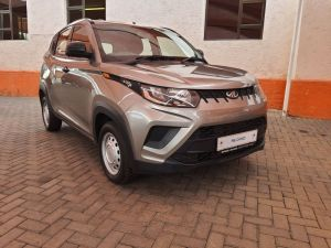 Pre-owned Mahindra KUV for sale in Namibia